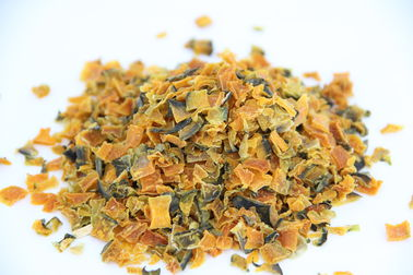 China Eco Friendly Dehydrated Pumpkin Chips / Flakes Healthy And Organic supplier