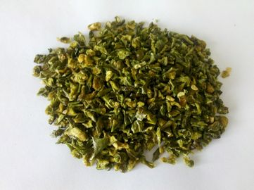 China Customized Professional Dried Green Pepper Flakes Dehydrating Hot Peppers supplier