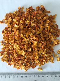 China Orange Red Dehydrated Pumpkin Flakes 10x10x3mm No Foreign Odours supplier