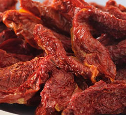 China Healthy Organic Dried Tomatoes Half Cutted Size Open Air Cultivation Type supplier